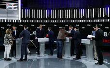 Los candidatos revisan su estrategia para convencer en el segundo debate