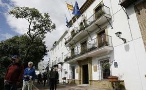 Diez listas, cinco de ellas nuevas, competirán en las elecciones municipales de Marbella
