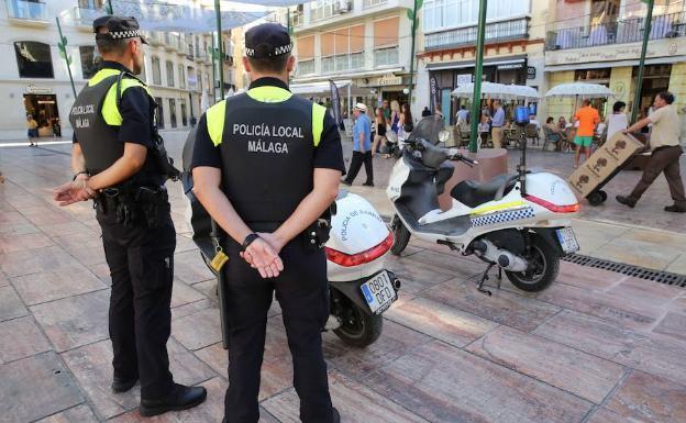 La Policía Local apoyará a los inspectores de vía pública para el control de las terrazas
