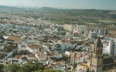 El PP de Vélez-Málaga solicita un pleno extraordinario sobre la peatonalización y el futuro de la empresa municipal