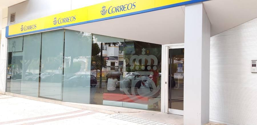 Estas son las oficinas de Correos que abrirán en Málaga hasta las 12 de la noche para registrar el voto por correo