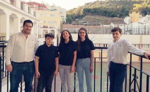El equipo de Maristas representa a Málaga en la final del torneo de debate escolar