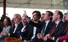 Casado reivindica los principios del PP y apela al voto útil en Málaga