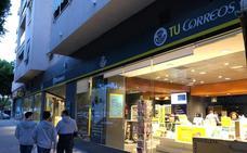 La falta de previsión atasca el voto por correo, que crece un 8% en Málaga