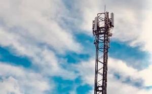 Frigiliana lleva al juzgado una antena de telefonía móvil junto a una guardería