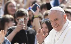 El papa dona medio millón de dólares para ayudar a los migrantes bloqueados en México