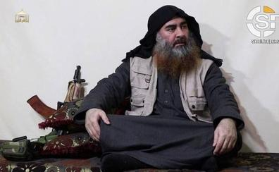 El Estado Islámico difunde las primeras imágenes de su líder, Al-Baghdadi, desde hace cinco años