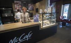 McDonald's Los Patios estrena un servicio de desayunos y de atención en mesa