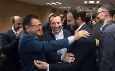 Un resultado «extraordinario» que desata la euforia en un PSOE que ya mira al 26M