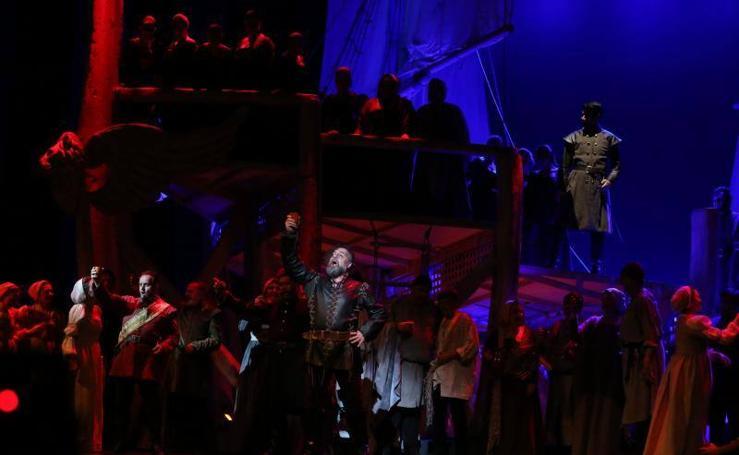 Ensayo general de 'Otello' en el Teatro Cervantes