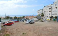 Acondicionan espacios de estacionamiento para más de 200 plazas en diversas zonas de Rincón de la Victoria