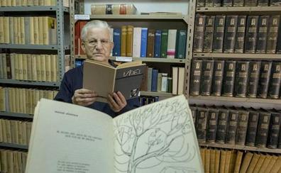 Un sacerdote de Valladolid rescata poemas que Manuel Alcántara escribió a mediados de los 60