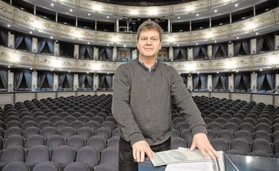 La OFM convoca el concurso para sustituir al director titular Hernández Silva