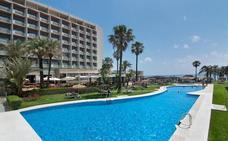 Azora compra a Med Playa los emblemáticos hoteles Pez Espada y Riviera