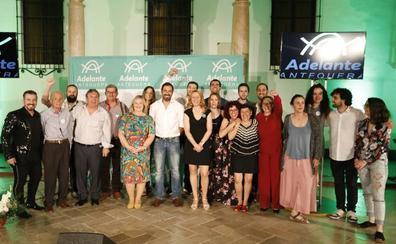 Las diputadas Eva y Vanessa García respaldan la candidatura de 'Adelante Antequera'