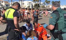 Fallece ahogado un hombre de 83 años en la playa de Torrox