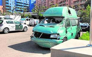 «Estoy buscando el dinero de la furgoneta», uno de los heridos, a la Guardia Civil tras el accidente