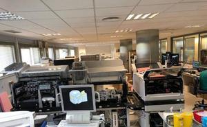 Unos 300 profesionales del SAS rechazan que los laboratorios de Málaga se centralicen en un hospital