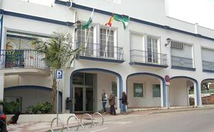 El TSJA confirma el despido improcedente de un trabajador del Ayuntamiento de Estepona que pidió una excedencia