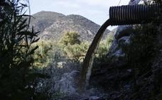 El Guadalhorce recibe cada día las aguas fecales de cuatro grandes puntos de vertido