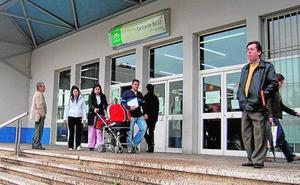 Salud no encuentra en Málaga suficientes médicos de familia pese a los contratos que oferta
