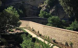 Finalizan las obras del muro de los Baños Árabes que tumbó el temporal de octubre
