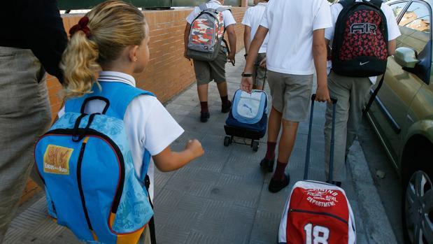 Educación tiene que reducir el número de colegios del plan de refuerzo de julio