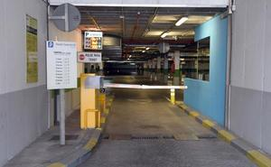 El Hospital Costa del Sol recupera hoy su aparcamiento, que tendrá acceso gratuito