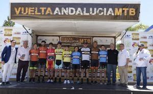 José Luis Carrasco y María Díaz ganan la séptima edición de la Vuelta Andalucía de BTT