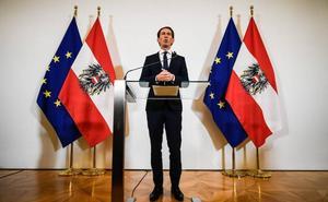 Los ministros de la ultraderecha abandonan el Gobierno austríaco