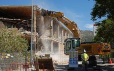 Comienza la demolición de las naves abandonadas de Plaza de Toros de Marbella