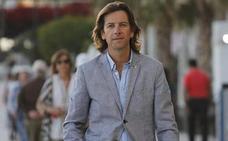 Un candidato independiente de Marbella pide que se fomente «el uso de los patinetes eléctricos»