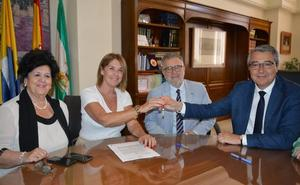 Rincón de la Victoria cede un local a la Asociación Española contra el Cáncer