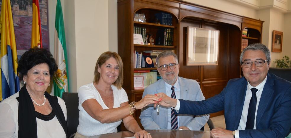 Rincon de la Victoria gives a place to the Spanish Association against Cancer