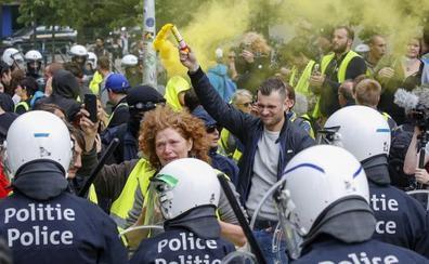 Los 'chalecos amarillos' protagonizan disturbios en Bruselas durante la jornada electoral