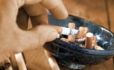 Los médicos alertan contra la relajación en la visión de los perjuicios del tabaco