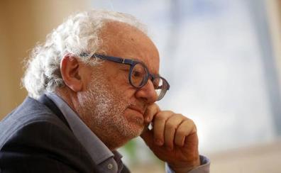 La consejera de Cultura considera ya resuelta la incompatibilidad de Fernando Francés y subraya la transparencia de su situación