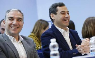Moreno encomienda a Bendodo la negociación para amarrar las Alcaldías de Málaga, Granada, Jaén y Córdoba