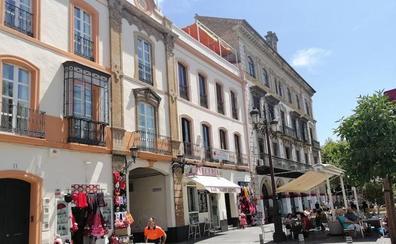 Los clientes de los alojamientos turísticos dejan un tercio de sus gastos en el comercio de Málaga