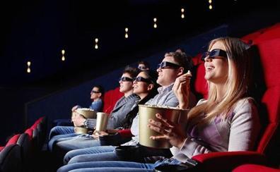 Multa de 3.000 euros para un cine por no dejar entrar comida y bebida de fuera