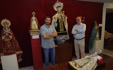 El Descendimiento amplía hasta el domingo la exposición de imágenes de la Virgen