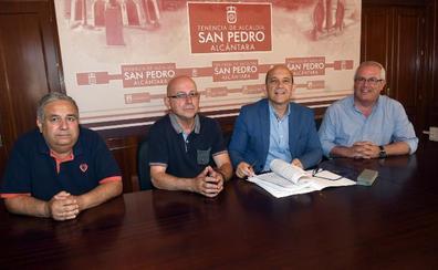 La Tenencia de Alcaldía firma la cesión de una parcela para la Cofradía de San Pedro
