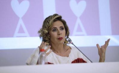 Ágatha Ruiz de la Prada: «Si un traje mío vale más de 70 euros no se vende; si vale 40 arrasa»