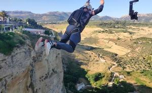 Eder Navacerrada vence en el campeonato mundial de salto BASE en Ronda