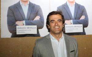 El concejal de Vox pone su acta a disposición del partido tras la crisis abierta por el 'caso Orgullo'