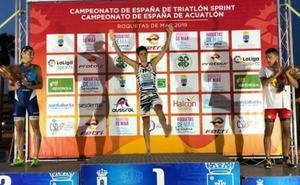 El malagueño Alberto González, campeón de España de triatlón sprint