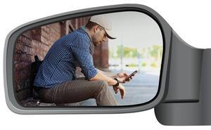 Conducir sin prisa: ¿coche o móvil?