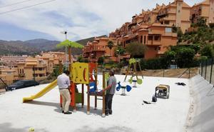 El Ayuntamiento de Rincón de la Victoria inicia esta semana la renovación del parque infantil de la calle Picadero en La Cala del Moral