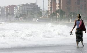 Málaga llegará a los 30 grados hoy, con aviso amarillo en el litoral