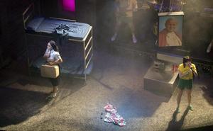 El musical 'La llamada', de Los Javis, recala en el Teatro Cervantes del 9 al 14 de julio